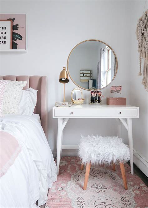 styling  vanity   small space bedroom ideas
