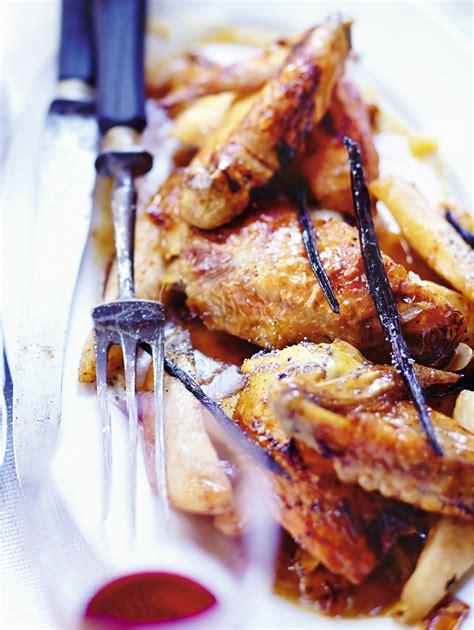 cuisine de noel poularde à la vanille poires et amandes pour 6 personnes