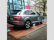 2015 Audi Q7 Photoshoped into Existence, Shows Next