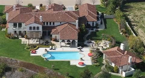 maison de justin bieber justin biebers house and neighborhood see where he races his car billionaire addresses
