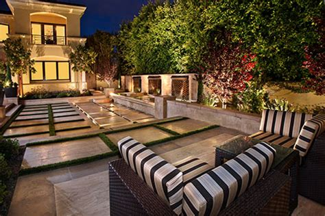 gorgeous courtyard gardens  patios luxury pools outdoor living