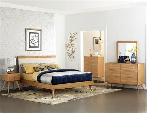 Homelegance Anika Platform Bedroom Set  Light Ash B19151