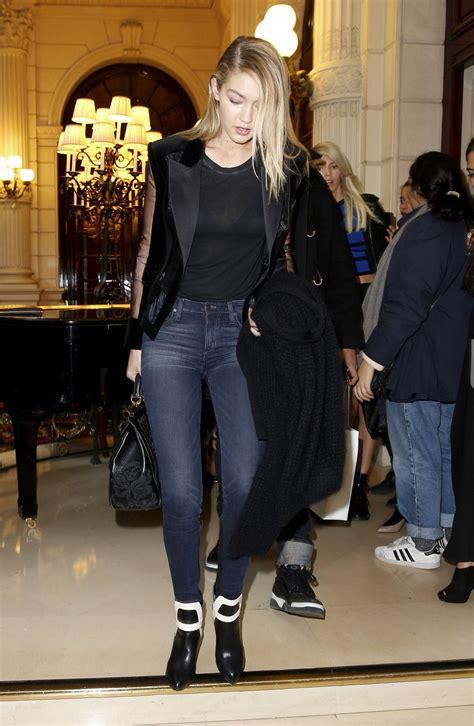 Gigi Hadid.. #PFW #Balmain | Gigi hadid outfits, Paris ...