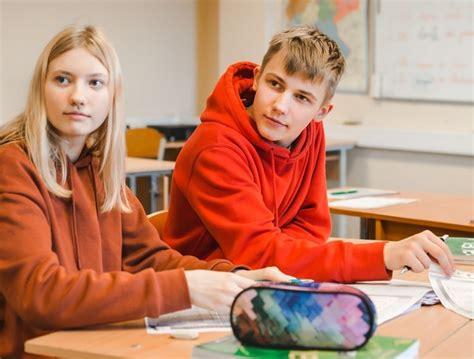 Ko mācīties vidusskolā? - Jelgavas Valsts ģimnāzija