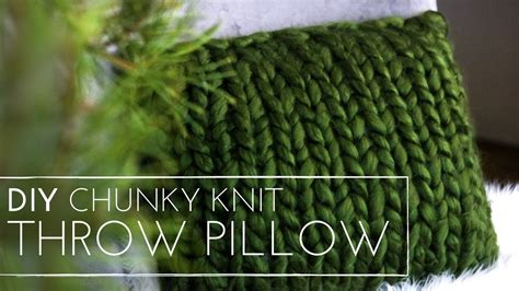chunky knit pillow chunky knit diy throw pillow knit pillow last minute 2202