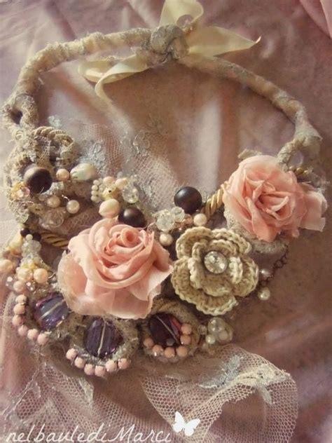 collana di fiori collana con in seta e fiori all uncinetto pietre e