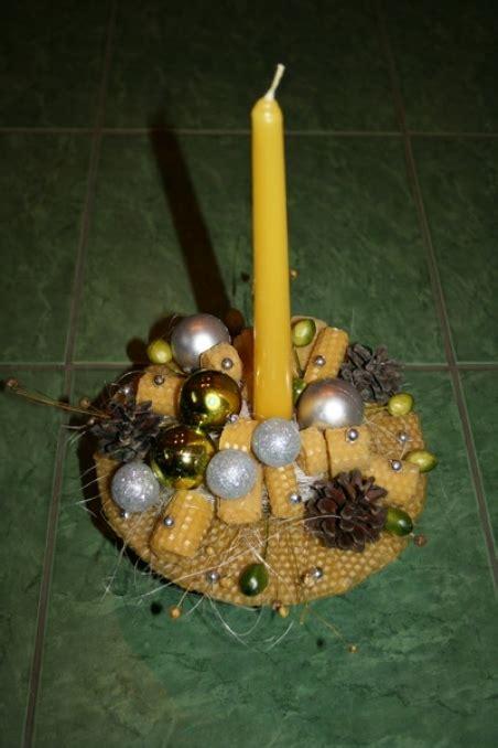 Kompozīcija - Adventes vainags - Ziemassvētku vainags - 0001 / Nopirkt ziedus, ziedu piegāde ar ...