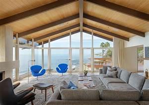 Belle maison de vacances au design intérieur contemporain ...