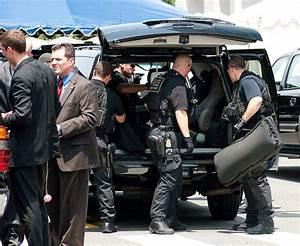 Secret Service Unloads Their Weapons | Explore dissolved's ...