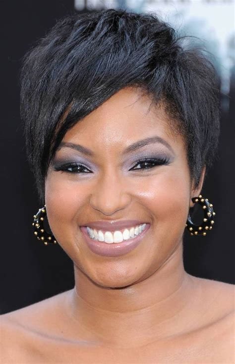 11+ Short Hairstyle Designs for Black Women Ideas
