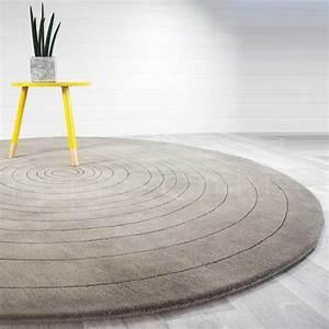 Tapis Rond Design : tapis de luxe rond gris clair eden par angelo diam tre 220 cm ~ Teatrodelosmanantiales.com Idées de Décoration