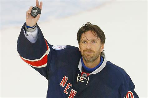 Henrik Lundqvist to sign with Washington Capitals: report