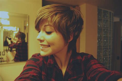 Celebrity Hairstyles Hair Inspiration Pixie Cut Short Long Hairstyle Guys Pixie Haircut For Oval Faces Casual Braided Hairstyles Hair Good Medium Length Haircuts Curly How To Get Beach Blonde Color Braid Styles Natural Black Cute Updos Layered With Bangs