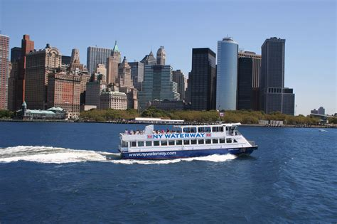 Boat Ride Nyc by The Best Boat Rides Nyc Offers For Local And Visiting Families