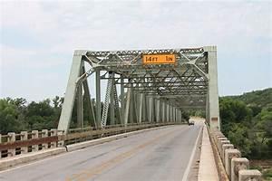 Us 281 Bridge At The Brazos River