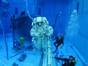 NASA To Share Huge Swimming Pool with Oil Firm [Houston ...