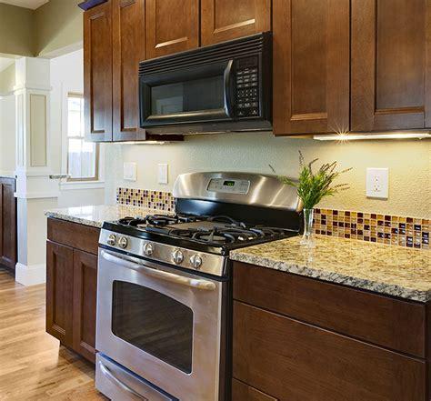 how to choose kitchen backsplash finding the backsplash for your kitchen