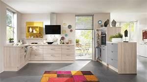 Küche Mit Elektrogeräten : schlichte l form k che mit elektroger ten ~ Markanthonyermac.com Haus und Dekorationen