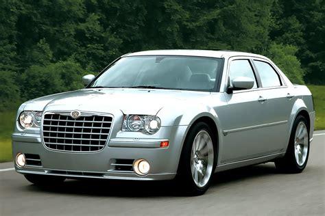 Big Garage De by фотографии Chrysler 300 C Srt 8