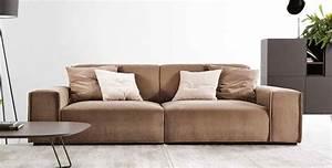 Wohnzimmer Hersteller : italienisches wohnzimmer die typisch italienische couch ~ Pilothousefishingboats.com Haus und Dekorationen