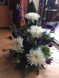 Symmetrical Front Facing Arrangement | Flowers | Flower ...