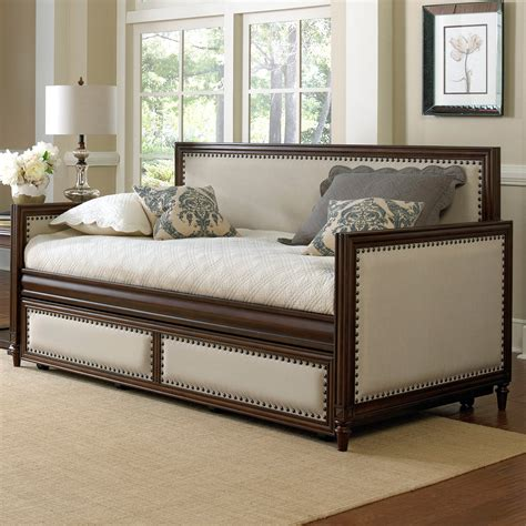 bedroom inspiring bed design ideas  comfortable wood