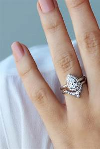 pear shaped diamond engagement ring with matching side With pear shaped engagement ring and wedding band