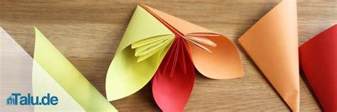 Papierblumen Selber Basteln  5 Ideen Talude