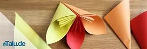 Origami Blumen Falten : origami blume falten faltanleitung f r eine papierblume ~ Watch28wear.com Haus und Dekorationen