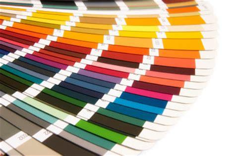 Fliesen Drüber Streichen by Malerfarben Kaufen Darauf Sollten Sie Achten