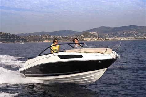 Cabin Jet Boats by 10 Best Cuddy Cabin Powerboats Boats