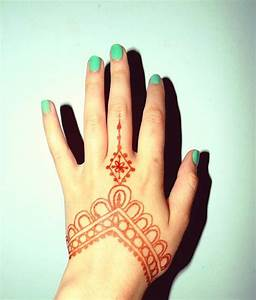 Hand Henna– I Like The Kite-ish Thing In The Middle ...