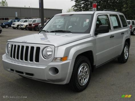 silver jeep patriot interior 2008 bright silver metallic jeep patriot sport 4x4