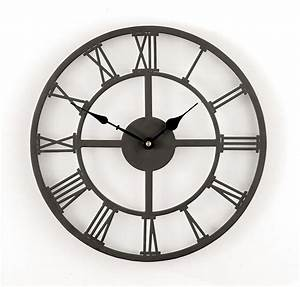 Wanduhr Römische Ziffern : die besten 25 wanduhr metall ideen auf pinterest metalluhr wanduhr sets und diy wanduhren ~ Watch28wear.com Haus und Dekorationen