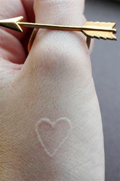 geile tattoo vorlagen und designs  weiss