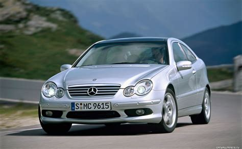 mercedes w203 coupe mercedes w203 sport coupe hd wallpaper wallpapers mercedes mercedes sport sports coupe