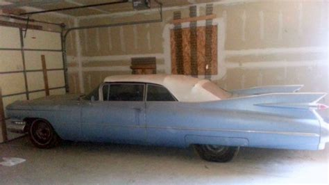 finned find  cadillac convertible