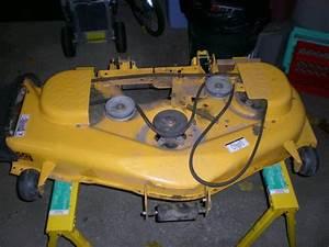 Cub Cadet Zero Turn Hybrid   I1050