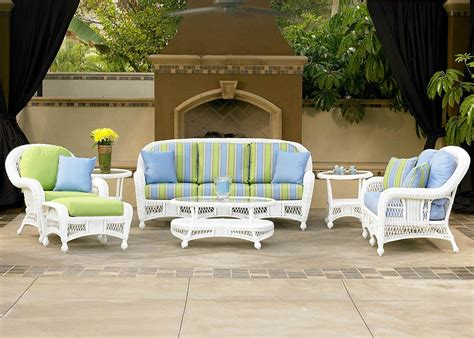 Silver Coast St. Lucia 4 Piece Custom Outdoor White Wicker