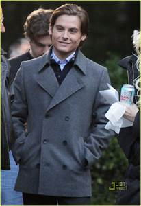 Full Sized Photo of kevin zegers taylor momsen gossip girl ...