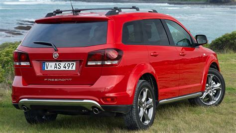 fiat freemont crossroad review  drive carsguide