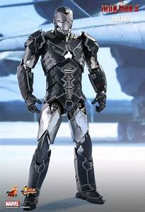 "Iron Man - Mark XV Sneaky 12"" 1:6 Scale Action Figure ..."