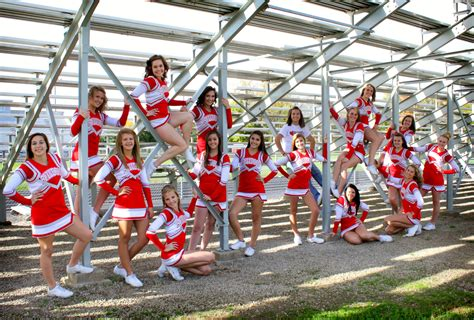 Professional Cheerleading Poses Pictures To Pin On