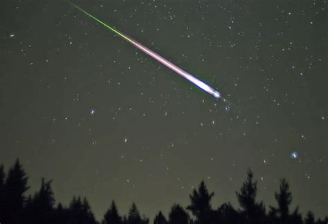 Today S Meteor Shower - 17 best ideas about meteor shower today on