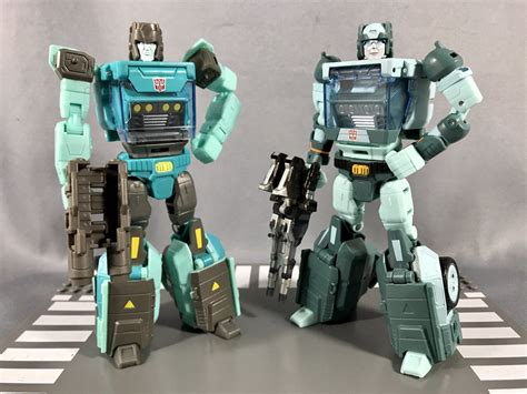 Transformers Legends Gnaw, Kup, And Hot Rod In-hand