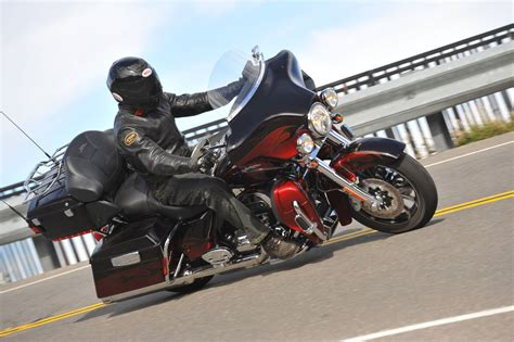 Harley Davidson Cvo Limited Modification by Harley Davidson Electra Cvo Best Photos And Information