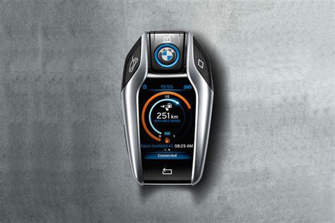 spotlight  bmw  keyfob    level    car news  top speed