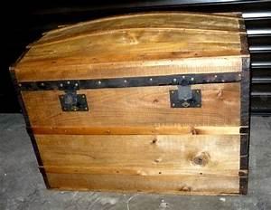 Malle En Bois : malle en bois antiquaire rodez aveyron ~ Melissatoandfro.com Idées de Décoration