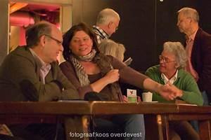 De Vlaardingse Dichter Elma Oosthoek Opende En Besloot De
