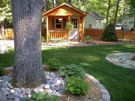 Backyard Log Cabin by Log Cabin Landscaping Landscaping For A Log Cabin Yard
